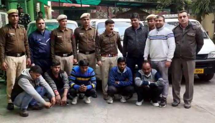 पुलिस पड़ताल में हुए चौंकाने वाले खुलासे, स्कूल वैन वालों को बेचता था चोरी की गाड़ियां