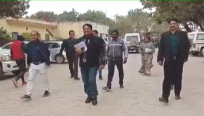 अलवर की 120 ग्राम पंचायतों में 17 जनवरी को चुनाव, पोलिंग पार्टी हुईं रवाना