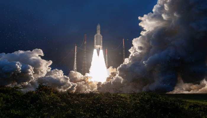 देश का सबसे ताकतवर संचार उपग्रह GSAT-30 अंतरिक्ष में लॉन्च, अब और बढ़ेगी इंटरनेट स्पीड