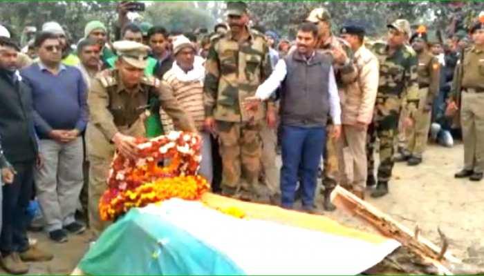 कोटपुतली: राजकीय सम्मान के साथ हुआ BSF जवान शैलेंद्र मीणा का अंतिम संस्कार