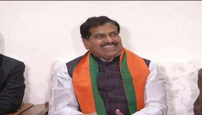 केंद्रीय रेल राज्यमंत्री सुरेश अंगड़ी जयपुर दौरे पर, रेलवे स्टेशन को दिए 10 में से 10 अंक