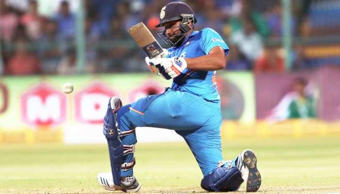 INDvsAUS: शोएब अख्तर ने कहा- रोहित शर्मा ने मार-मार कर भर्ता...
