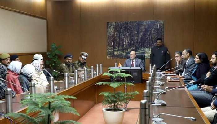 दिल्ली: LG से मिले मुज़ाहिरीन ने मुज़ाहिरा खत्म करने से किया इनकार, कहा- SC के फैसले का करेंगे इंतजार