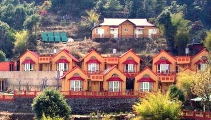 नेपाल: 8 भारतीय पर्यटकों की एक होटल के रूम में मिली लाशें, मची सनसनी