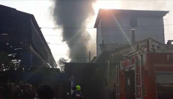 मुंबई: बदलापुर की केमिकल फैक्ट्री में लगी भीषण आग, एक की मौत, 2 घायल