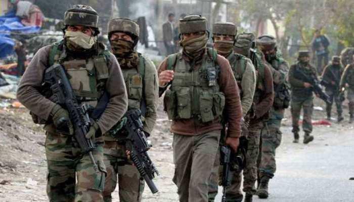 Jammu and Kashmir: पुलवामा में आतंकियों और सुरक्षाबलों के बीच मुठभेड़, एक आतंकी ढेर
