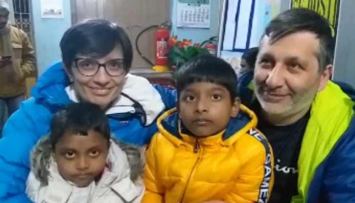 बिहार: इटली के दंपत्ति ने दिया मासूमों को घर, गोद लेकर दी नई जिंदगी