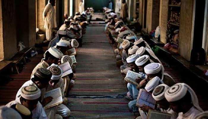 भारत में एक ऐसा मदरसा, जहां हिंदू बच्चे सीखते हैं 'उर्दू', मुस्लिम रटते हैं 'संस्कृत श्लोक'