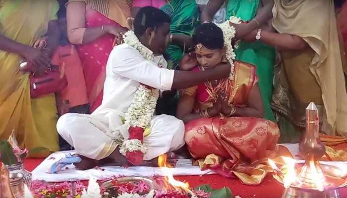 VIDEO: हिंदू जोड़े ने मस्जिद में की शादी, यह बॉलीवुड एक्टर बोला- 'ये है मेरा इंडिया'