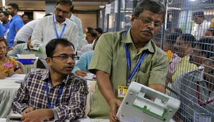 Telangana Municipal Election LIVE Results: TRS काफी आगे, Congress-BJP पीछे