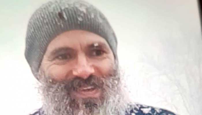 उमर अब्दुल्ला की सफेद दाढ़ी वाली PHOTO सोशल मीडिया पर क्यों हो रही वायरल?