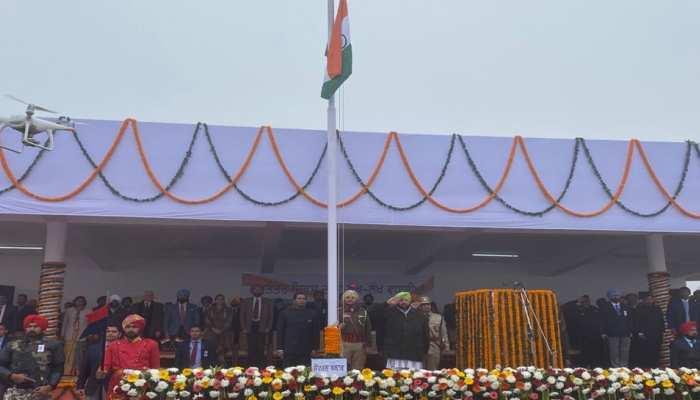 गणतंत्र दिवस 2020: पंजाब के मुख्यमंत्री ने मोहाली में ध्वजारोहण किया
