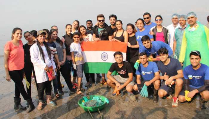 Dia Mirza, Mrinal Thakur engaged in cleanliness drive of Mahim Beach