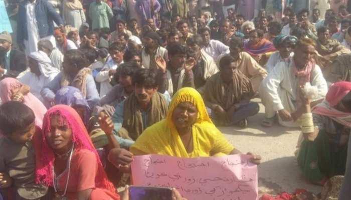 आप CAA का विरोध कीजिए, पाकिस्तान में मंडप से उठवाई जा रहीं हिंदू बेटियां