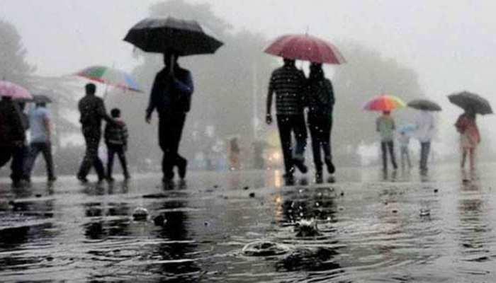 दिल्ली-NCR में मौसम ने बदला मिजाज, बारिश के साथ ठंड बढ़ने के आसार