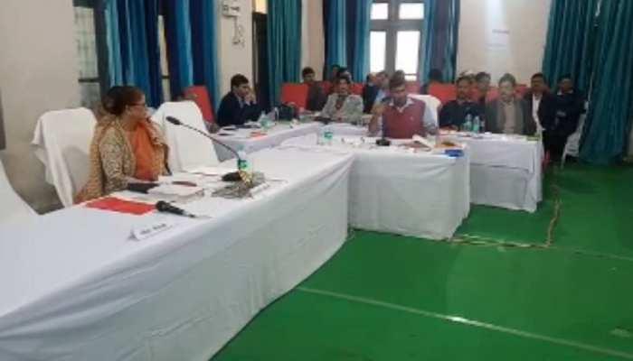 पटना नगर निगम में पार्षदों का हंगामा, पूर्व डिप्टी मेयर ने महापौर पर लगाया बड़ा आरोप