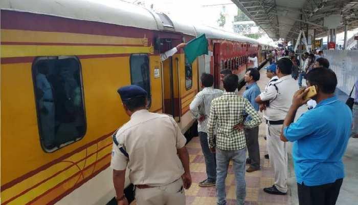 कुनाल कामरा जैसा अभद्र व्यवहार करने वालों पर रेलवे भी लगाएगा प्रतिबंध