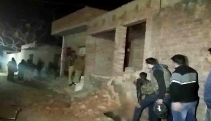 UP: मारा गया 23 बच्चों को बंधक बनाने वाला सुभाष, आरोपी की पत्नी को लोगों ने पीटा, मौत