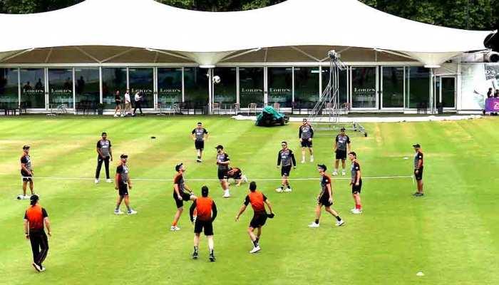 न्यूजीलैंड ने फिर जीता दिल, विरोधी खिलाड़ी को गोद में उठाया; ICC ने सराहा, देखें VIDEO
