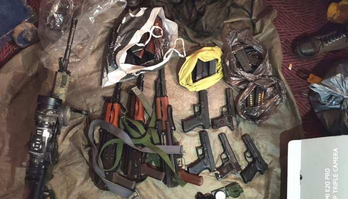 जैश आतंकियों के कब्जे से मिली 'स्टील कोर' गोलियां, सुरक्षा एजेंसियों के खड़े हुए कान