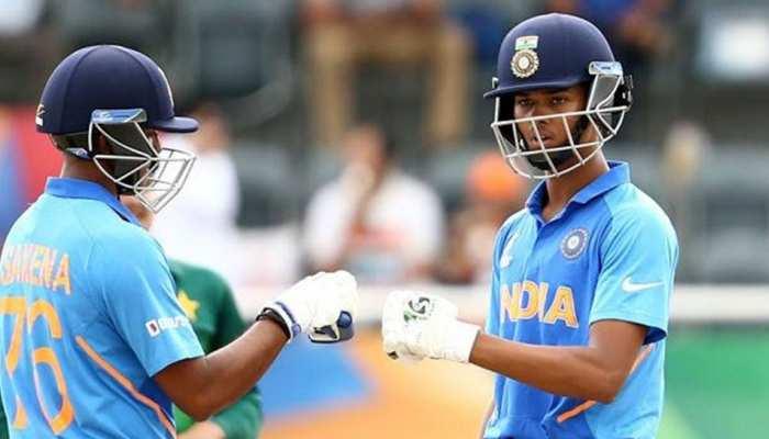 अंडर-19 विश्व कप: भारत ने फिर एक बार पाकिस्तान को रौंदा, सेमीफाइनल में 10 विकेट से हराया
