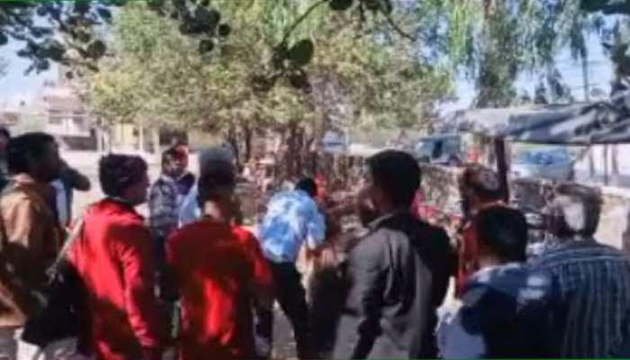 पाली: देसूरी के न्यायालय परिसर में एक व्यक्ति की धुनाई, तीन गिरफ्तार