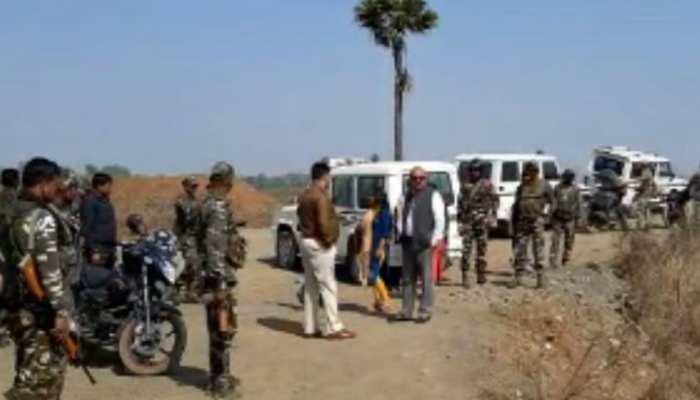 झारखंड: अवैध पत्थर उत्खनन का धंधा जोरों पर, टास्क फोर्स ने 4 ट्रकों को किया जब्त
