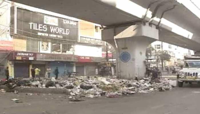 बिहार: पटना की सड़कों पर बिखरा 2 हजार टन कचरा, सीएम हाउस के पास भी फैली गंदगी
