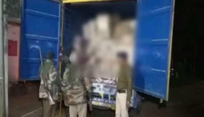 बिहार: पुलिस पेट्रोलिंग के दौरान ट्रक में मिली भारी मात्रा में शराब, चालक गिरफ्तार