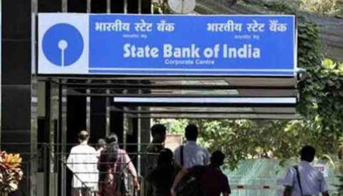 SBI के ग्राहकों को झटका, जानिए, बैंक ने आपकी बचत पर क्या फैसला लिया है