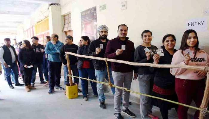 दिल्ली में पिछली बार से कम वोटिंग, जानें किन सीटों पर सबसे ज्यादा, किन पर सबसे कम हुआ मतदान
