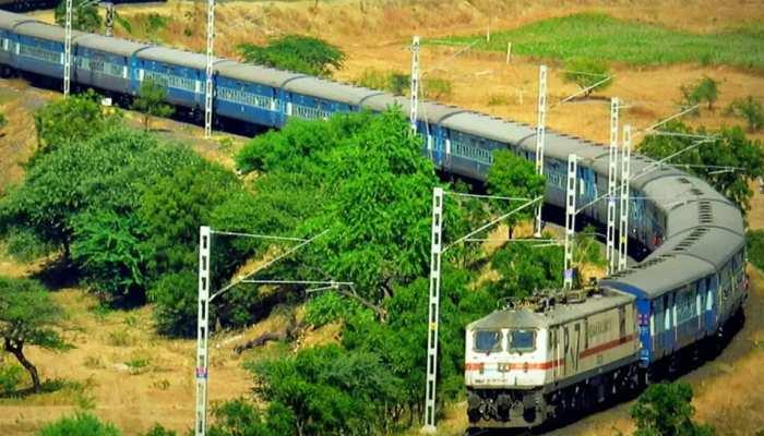 प्राइवेट प्लेयर ट्रेन चलाने को लेकर रेल मंत्रालय से सामने आई बड़ी खबर, 100 रूटों पर 150 ट्रेनें...