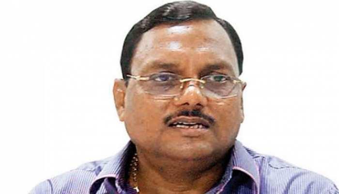 नोएडा अथॉरिटी के पूर्व चीफ इंजीनियर यादव सिंह की बढ़ी मुश्किलें, CBI ने किया गिरफ्तार
