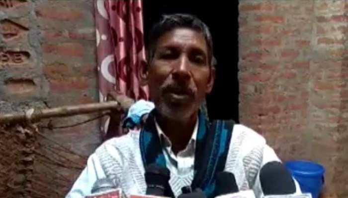 Pulwama Attack: मदद के इंतजार में पथरा गई निगाहें, अब परिवार खुद बना रहा शहीद की समाधि