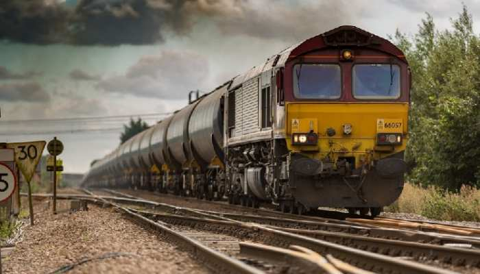 भारतीय रेलवे में निकली भारी संख्यी में भर्ती, जल्द करें अप्लाई