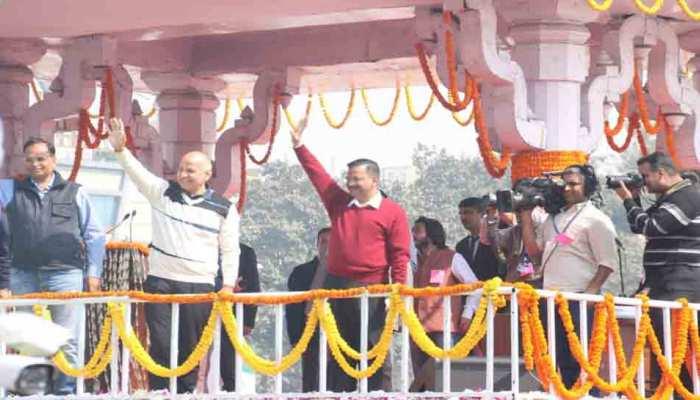 केजरीवाल के शपथ ग्रहण में पहुंचा सिर्फ 1 BJP विधायक, आगे बैठने के लिए कुर्सी तक नहीं दी गई