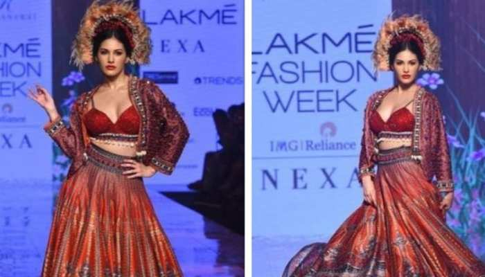 amyra dastur in lakme fashion week