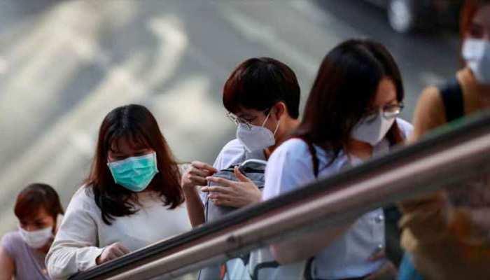 चीन: कोरोना वायरस महामारी के बाद पटरी पर लौट रही जिंदगी, ये उद्याेग हुए फिर शुरू