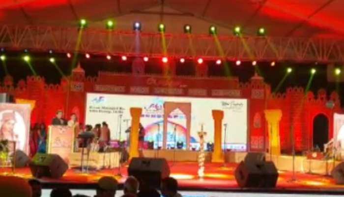 'संस्कृति के रंग ताज के संग' थीम के साथ हुआ 29 वें ताज महोत्सव का आगाज