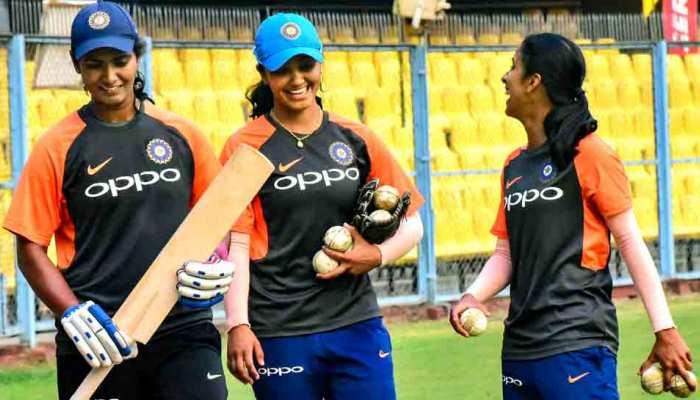 महिला टी20 वर्ल्ड कप: ऑस्ट्रेलिया से टॉस हारकर पहले बैटिंग कर रहा है भारत, जानें प्लेइंग XI
