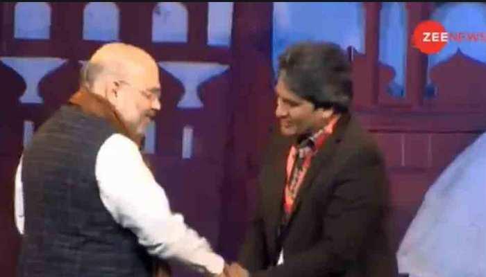 #IndiaKaArth: गृह मंत्री अमित शाह ने की ZEE NEWS के एडिटर-इन-चीफ सुधीर चौधरी की तारीफ