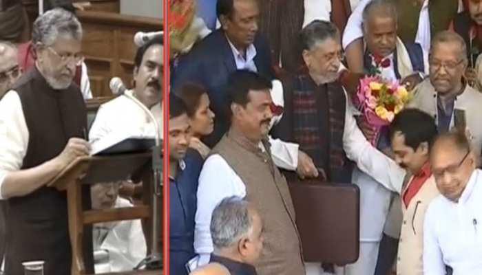 Bihar Budget 2020: सुशील मोदी ने पेश किया बजट, मंदी के बाद भी विकास दर 15.01 फीसदी