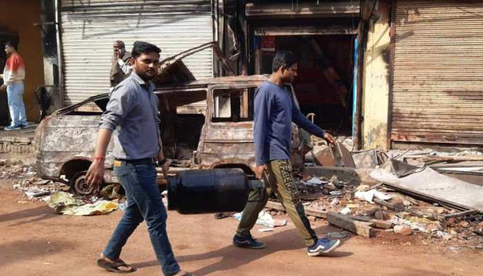 photo gallery deadly riots in which 39 people killed and 200 injured in delhi