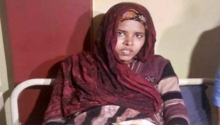 दिल्ली हिंसा: शबाना अब बेटे के जन्म की खुशी मनाएं या घर उजड़ने का गम