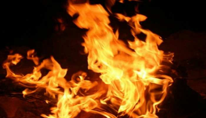 घर में लगी थी आग, मेजर ने पत्नी को बचा लिया, लेकिन कुत्ते को बचाने में गई जान