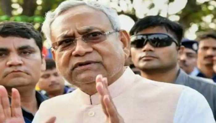बिहार चुनाव में जेडीयू का नया नारा, 'टीका-टोपी साथ चलेगा तभी हमारा देश बचेगा'
