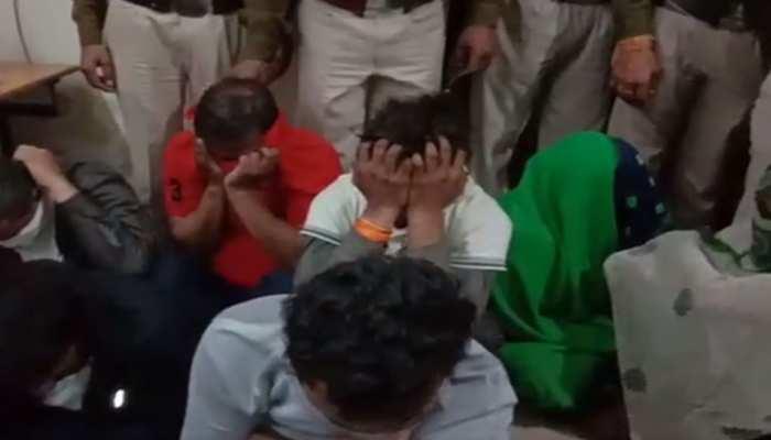 मध्य प्रदेश में बड़े सेक्स रैकेट का भंडाफोड़, पुलिस ने 4 लड़कियों समेत 9 को किया गिरफ्तार