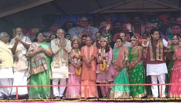 मथुरा: संतों को CM योगी का आश्वासन, दिव्य और भव्य होगा वृंदावन का कुंभ मेला