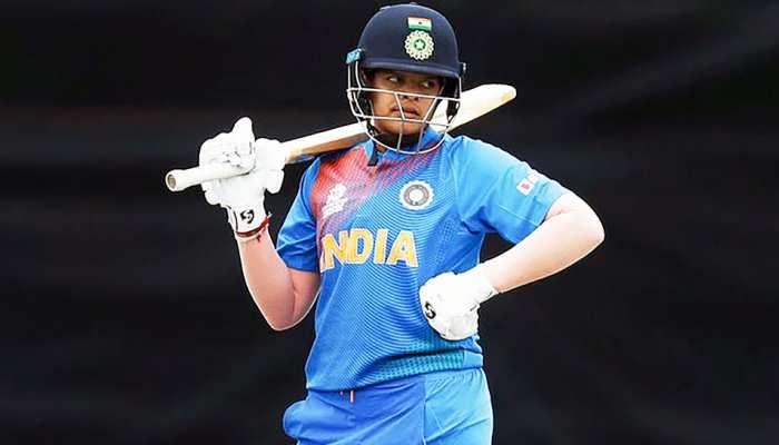 16 साल की भारतीय क्रिकेटर बनी दुनिया की नंबर-1 बल्लेबाज, बनाया रिकॉर्ड