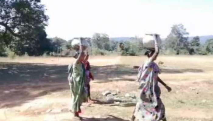 पश्चिम सिंहभुम: कई गांवों में पेयजल को लेकर हो सकती है दिक्कत, नहीं बिछी पाइप लाइन